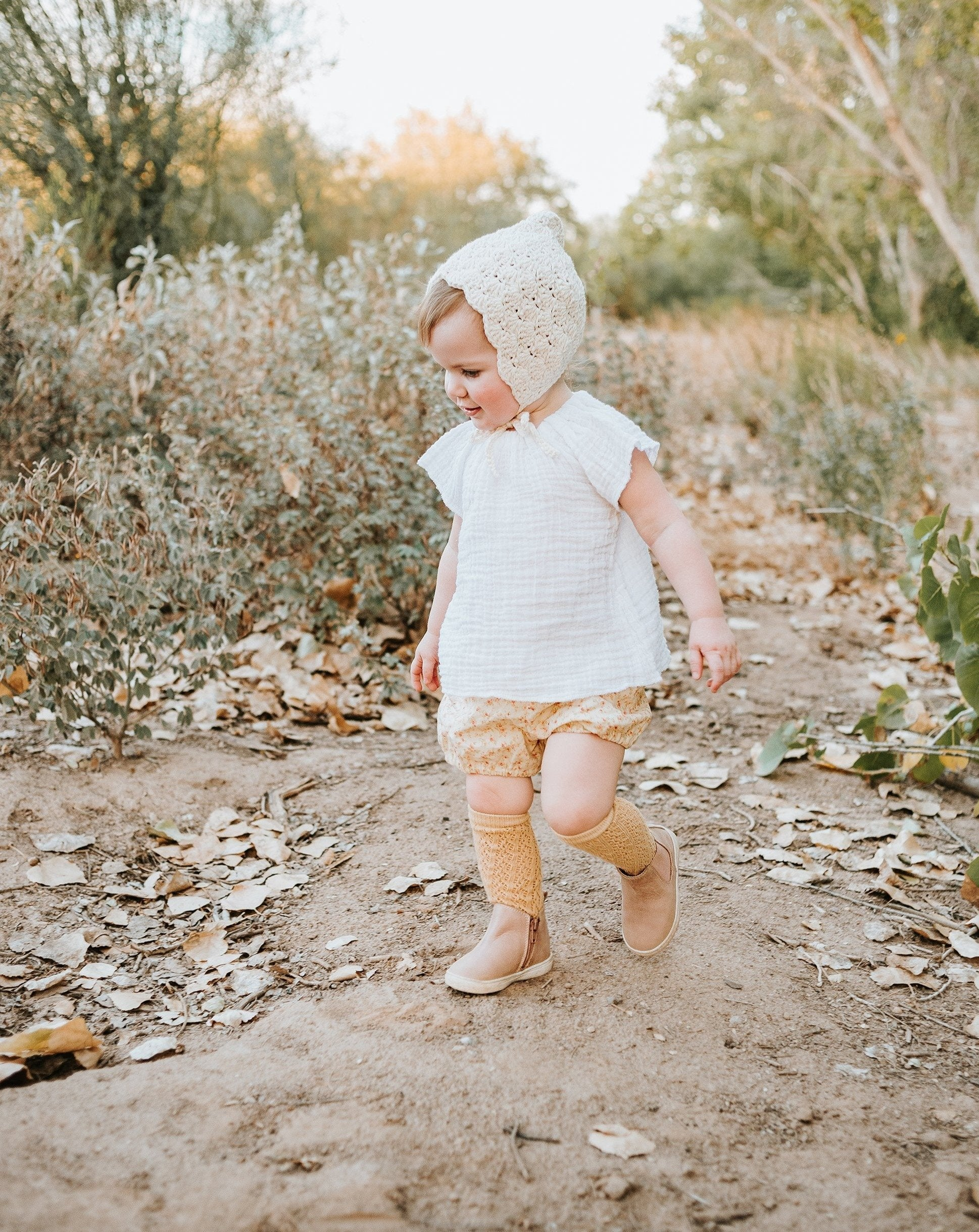 Load image into Gallery viewer, Consciously Baby Leather Toddler Boots | Sustainable