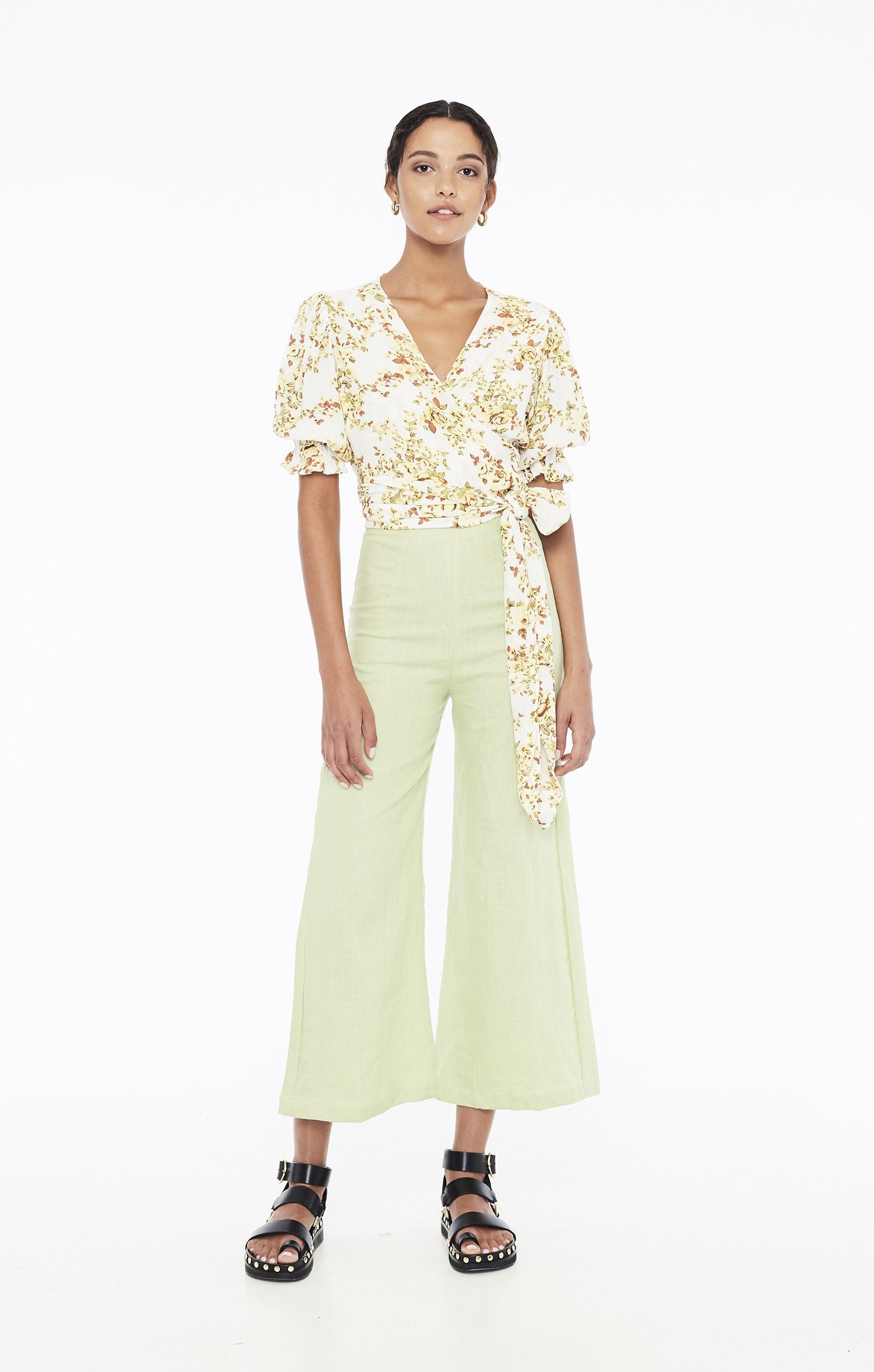 Load image into Gallery viewer, Mali Wrap Top - Goldie Floral