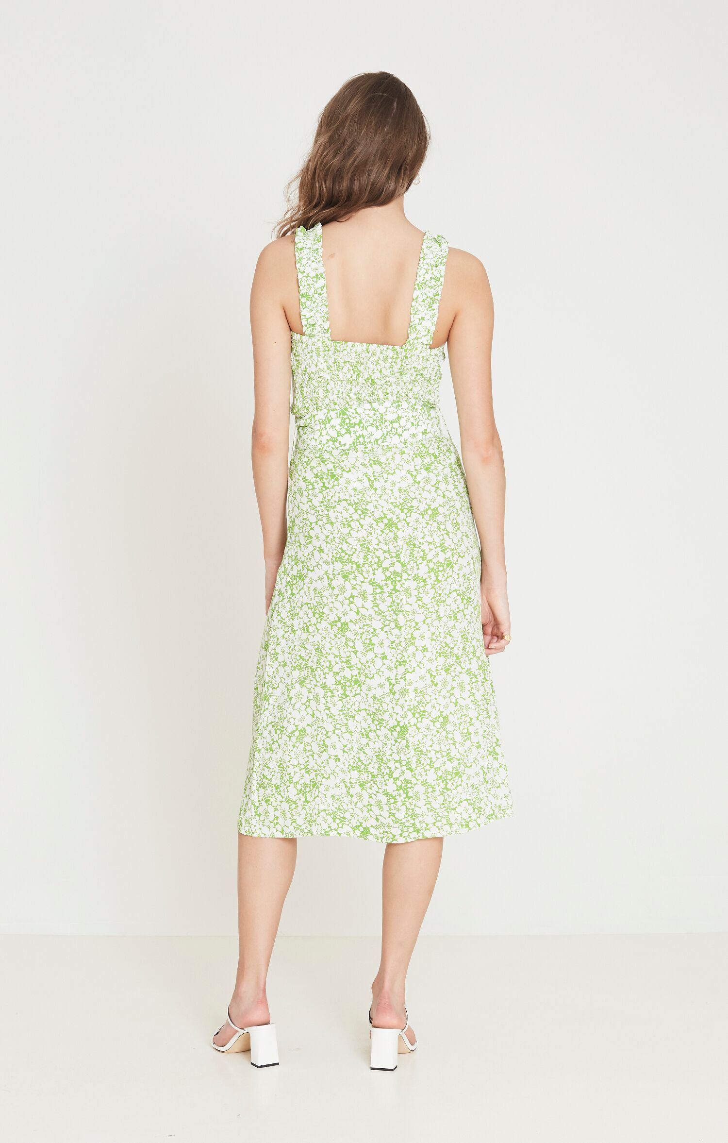 Load image into Gallery viewer, Faithfull The Brand Mae Midi Dress Freja Floral Print Event Dress