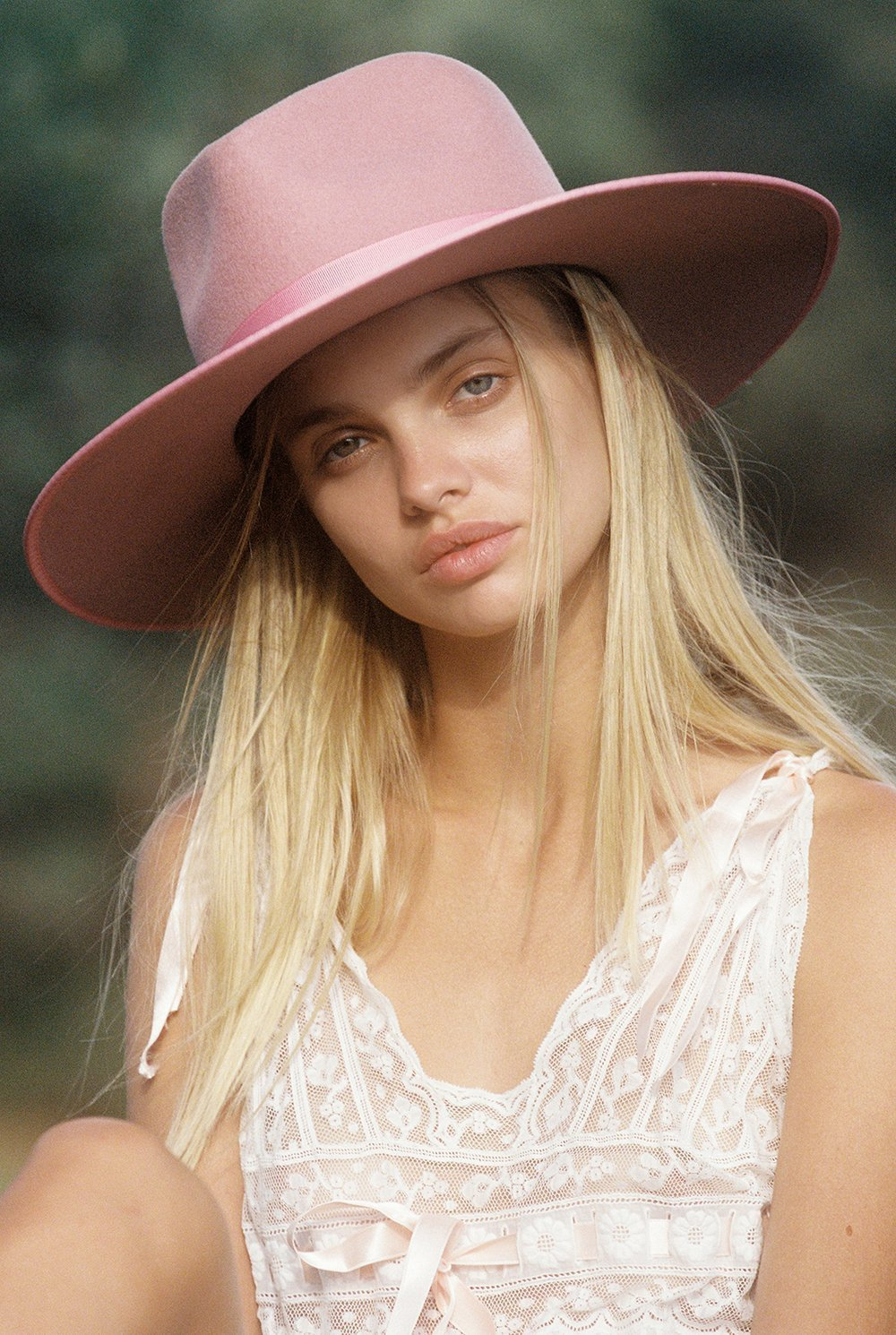 Load image into Gallery viewer, Women's Lack of Color Rose Rancher Hat