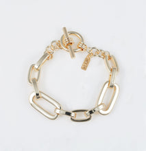 Load image into Gallery viewer, loren-chunky-link-bracelet