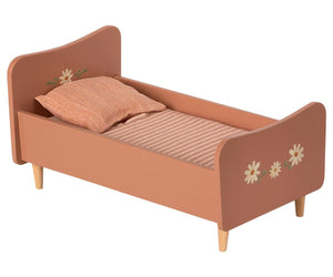 Maileg Wooden Bed Mini Rose