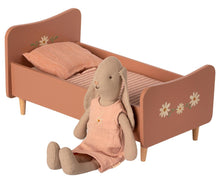 Load image into Gallery viewer, Maileg Wooden Bed Mini Rose