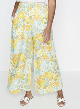 Load image into Gallery viewer, Meridian Wide Leg Pants Annina Floral Print