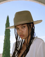 Load image into Gallery viewer, Moss Zulu | Lack of Color - Women's Hats & Accessories
