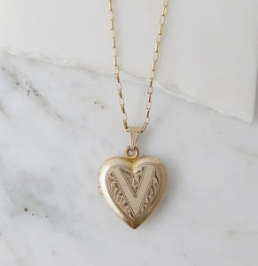vintage delicate charm necklace in 14k gold