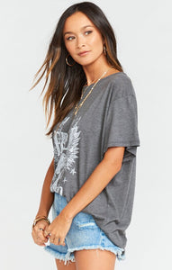 Show Me Your Mumu Airport Tee Free as a Bird Graphic | Spring 20