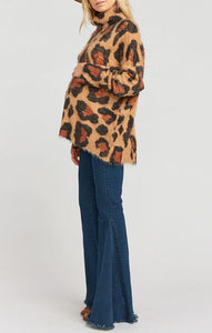 Fatima Turtleneck Sweater Cheetah Fever Knit