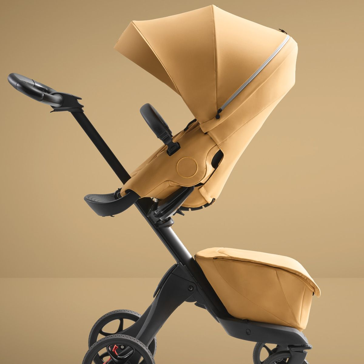 Load image into Gallery viewer, stokke xplory x golden yellow