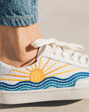 Load image into Gallery viewer, Soludos Sunrise Sunset Sneaker - White
