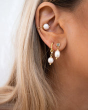 Load image into Gallery viewer, The Baroque Pearl Ear Cuff - Gold