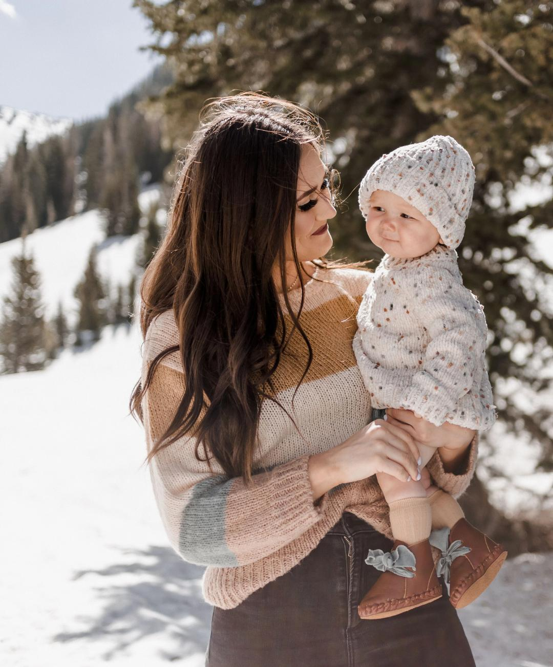 Load image into Gallery viewer, Stripe Aspen Sweater Rylee and Cru Fall Snowbird AW'19