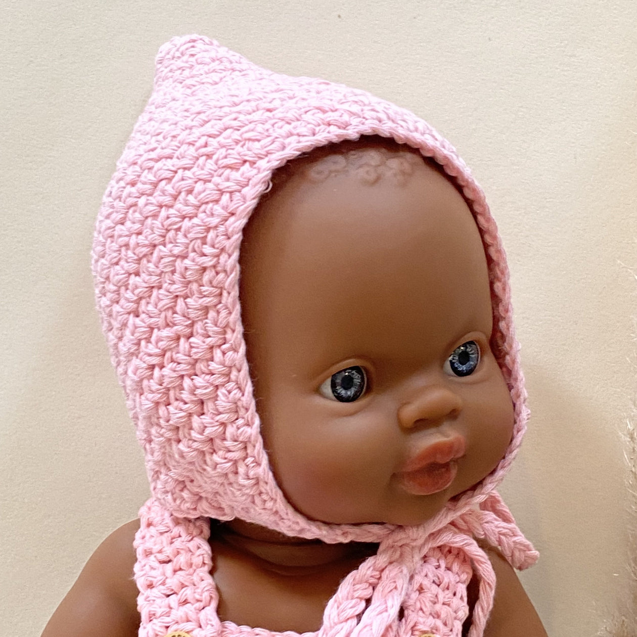 Minikane Pointed Crochet Bonnet - Rose