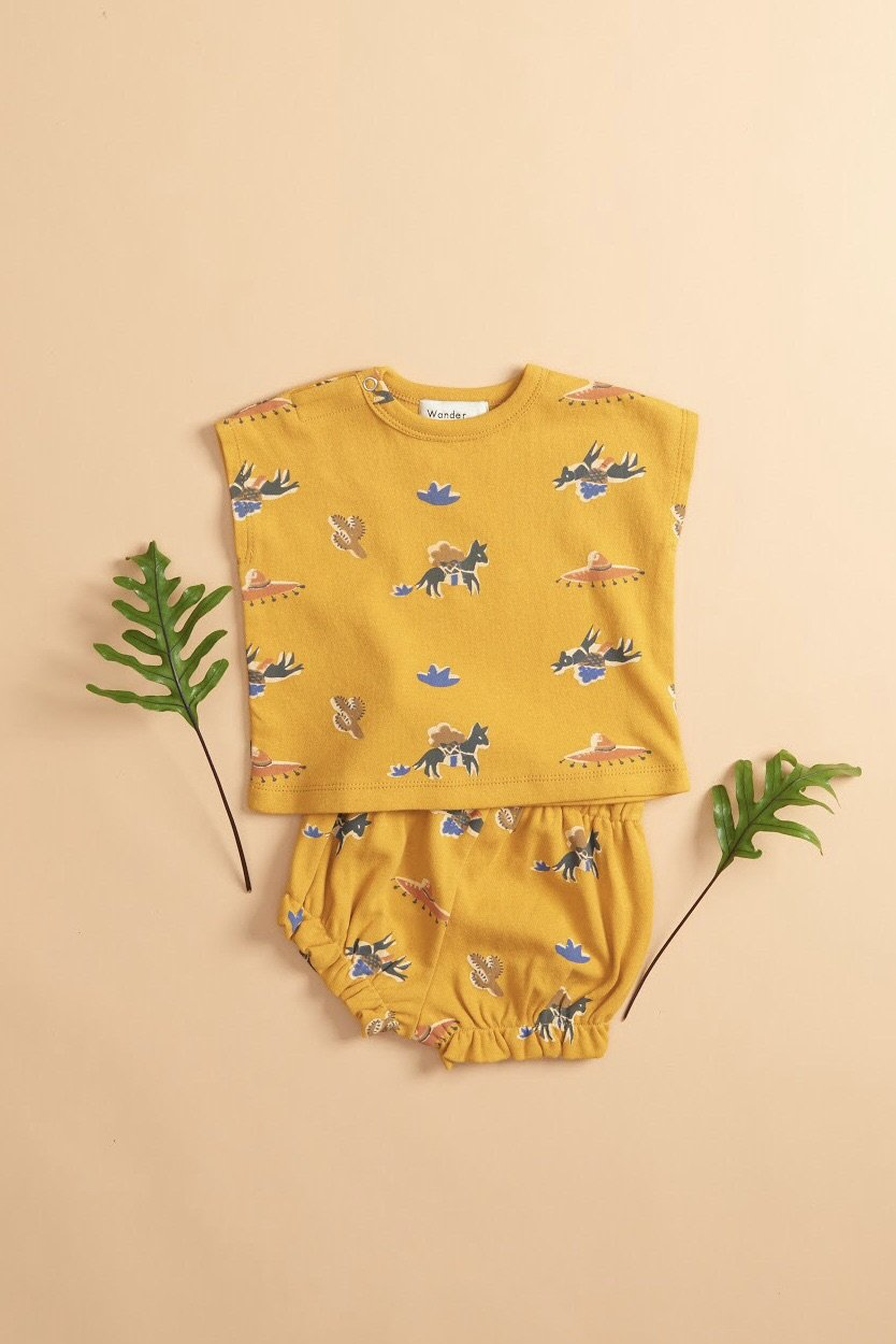 Load image into Gallery viewer, Baby 2 Pieces Set - Mustard Pony from Wander & Wonder