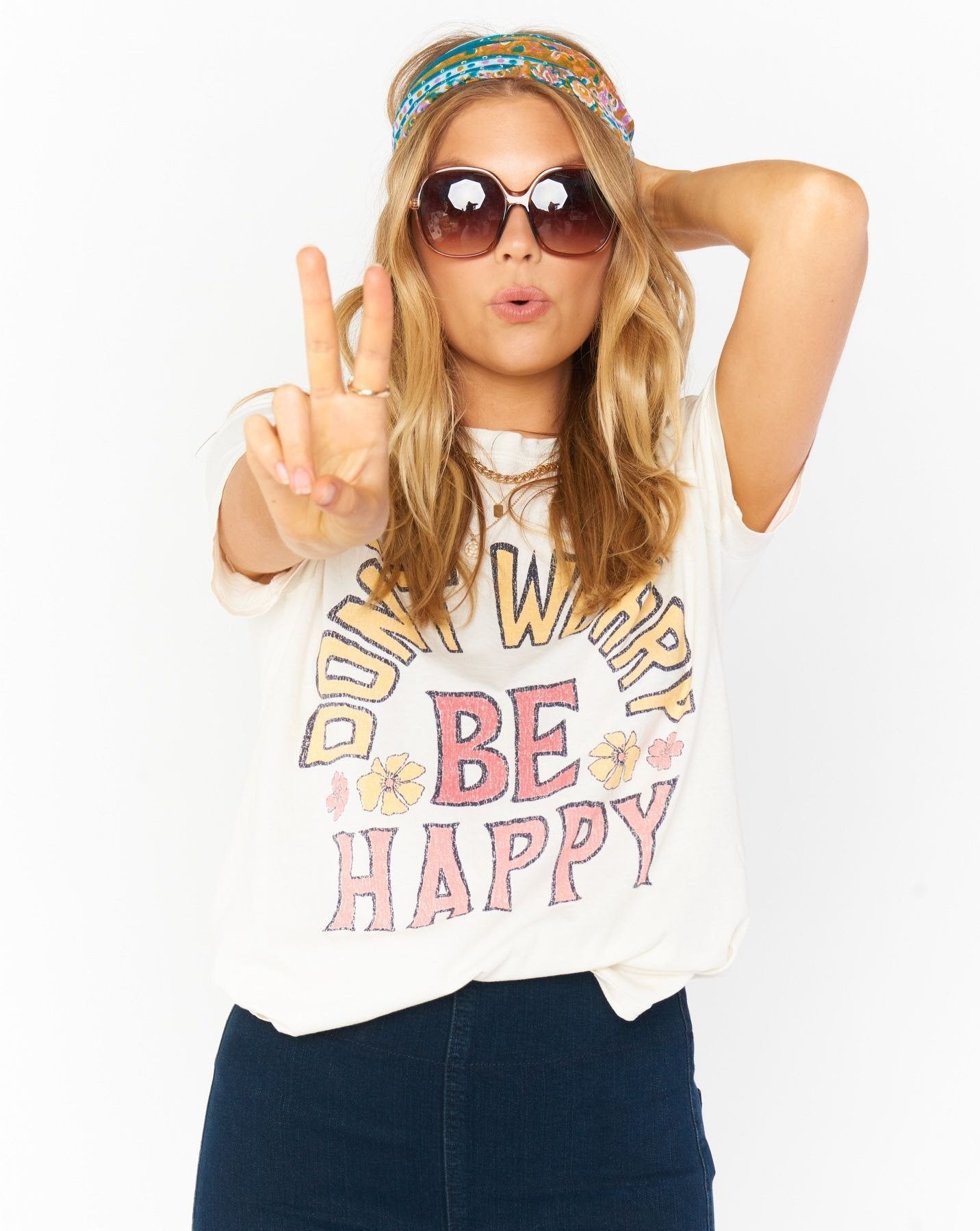 Load image into Gallery viewer, Thomas Tee - Be Happy Graphic | Show Me Your Mumu - Women's Graphic Shirts