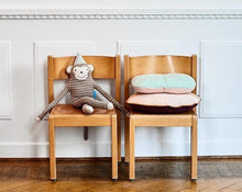 Load image into Gallery viewer, Oyoy Mr. Nelsson Monkey Cushion
