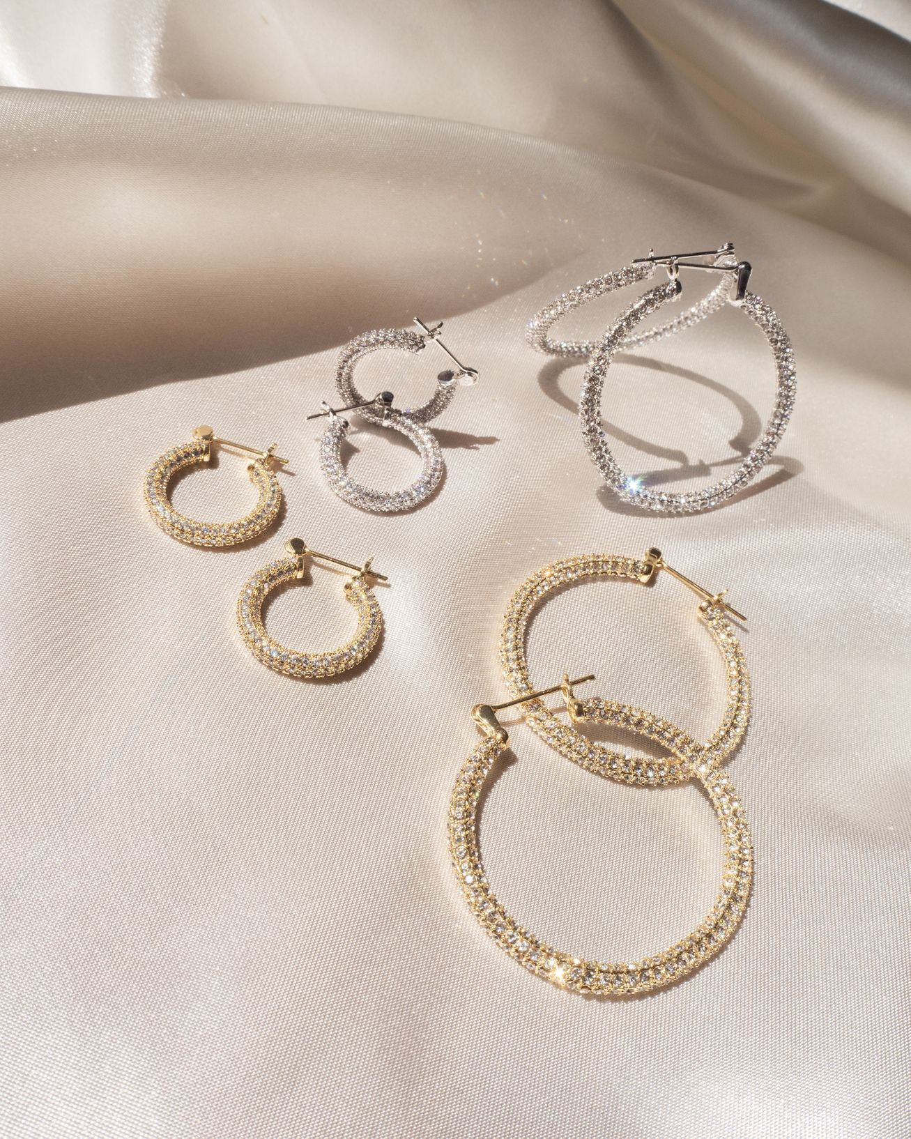 Load image into Gallery viewer, Pave Baby Skinny Amalfi Hoops - Silver