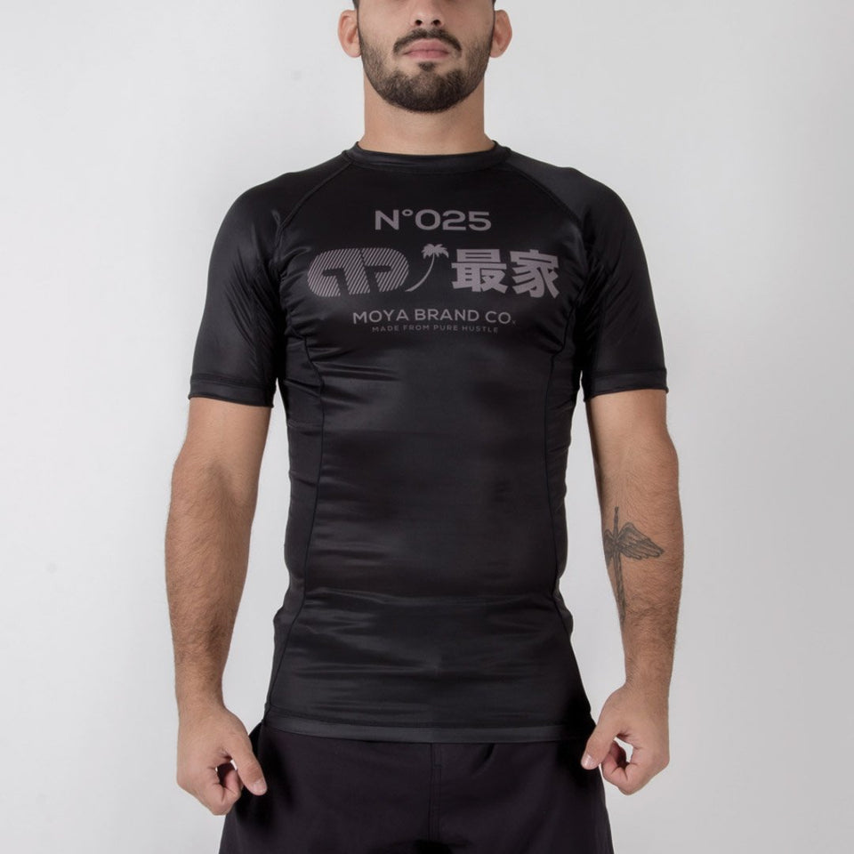 Moya Brand Scuderia II 2018 Short Sleeve Rash Guard - Fighters Market