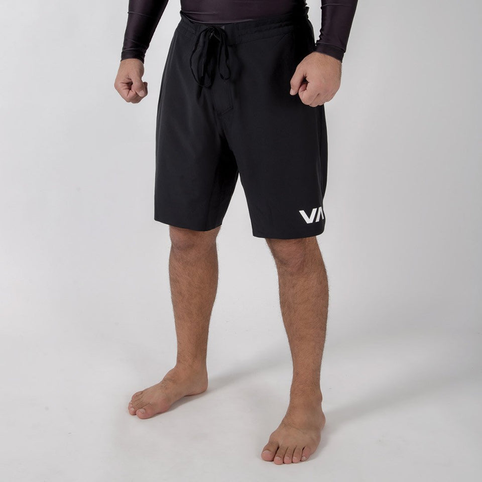 "RVCA Train 19"" Lined Short - Fighters Market"