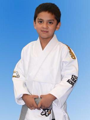 Manto Select Kids Gi - White - Fighters Market