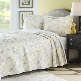 Full / Queen 3 Piece Lightweight Floral Yellow Gray Quilt Coverlet Set