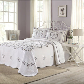 King size Cotton Bedspread with Scalloped Edges in White with Floral Print Embroidery
