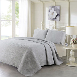 Queen 3-Piece Cotton Bedspread Set with 2 Shams in Grey Quilted Damask Pattern