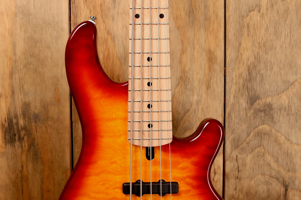 Lakland Skyline 55-02 Deluxe Honey Burst