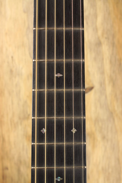 Martin Guitars 000-28EC