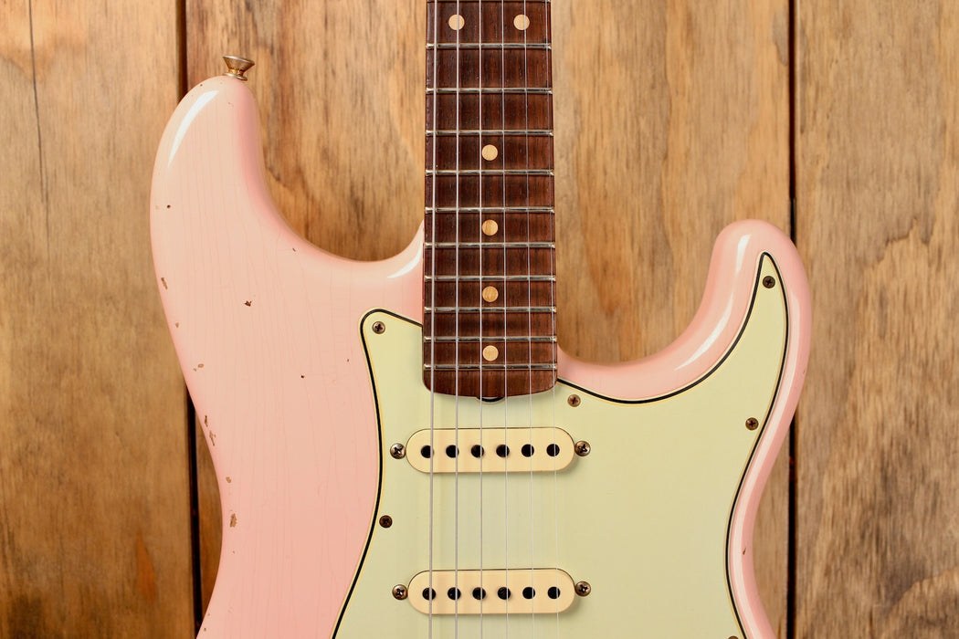 Fender Custom Shop 1960 Stratocaster Relic Aged Shell Pink
