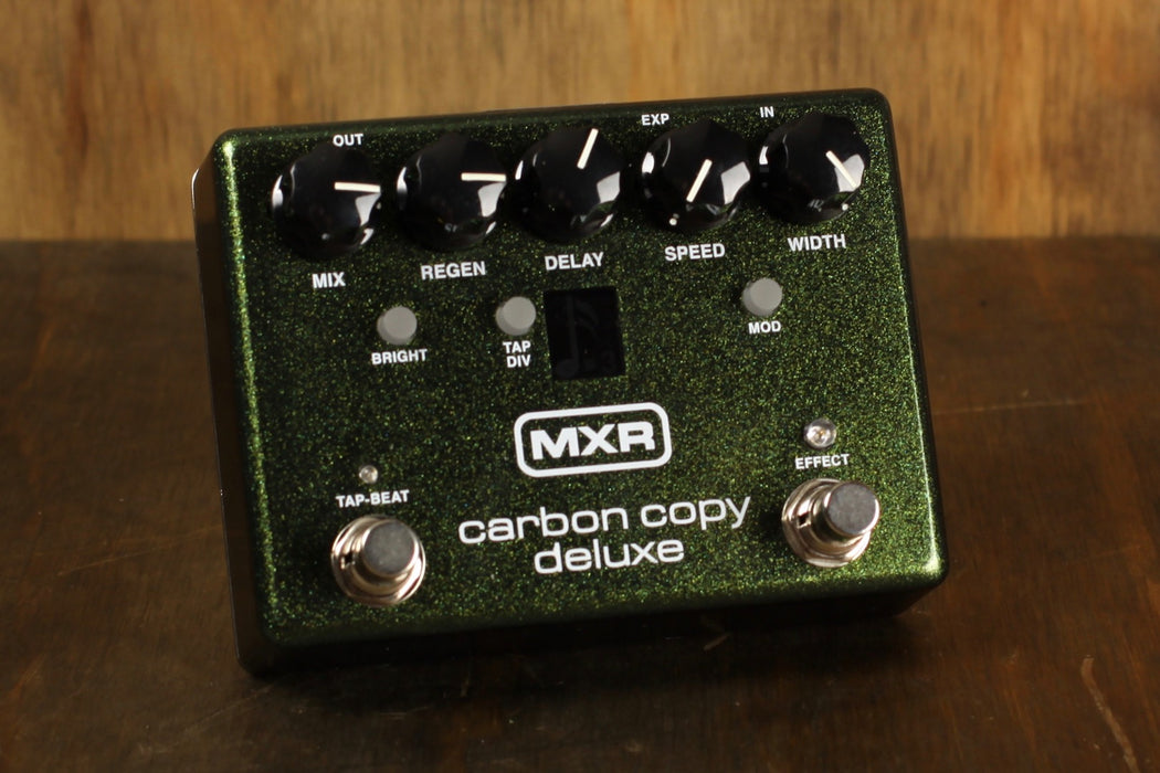 MXR Carbon Copy Deluxe B-Stock