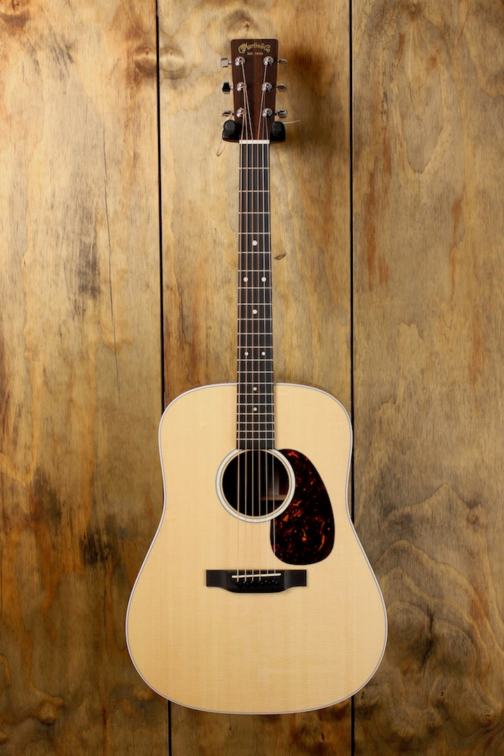 Taylor GS MINI-e Koa sn: 2107168130