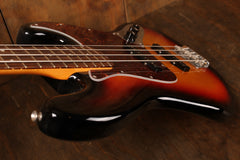 Fender Vintera 60s Jazz Bass 3-Color Sunburst