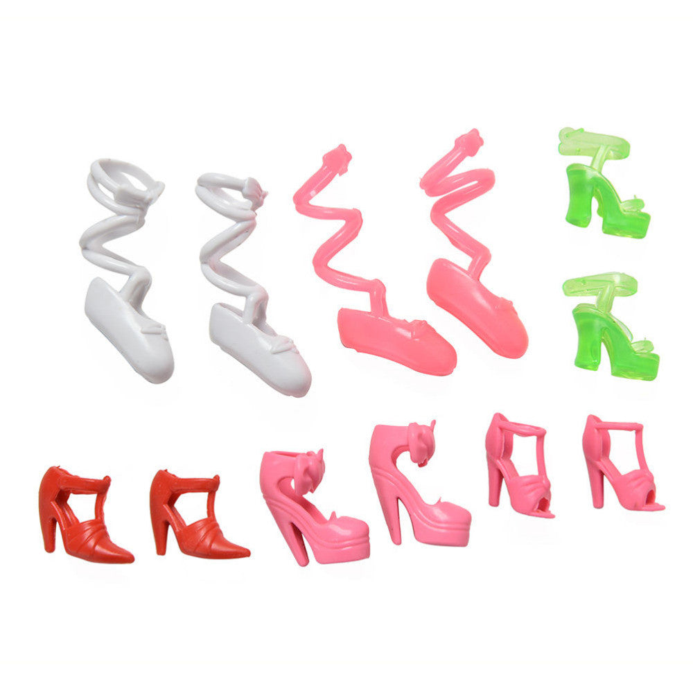 17 Pcs/lotFashion Plastic Shoes Comb High Heels for Barbie  Girl