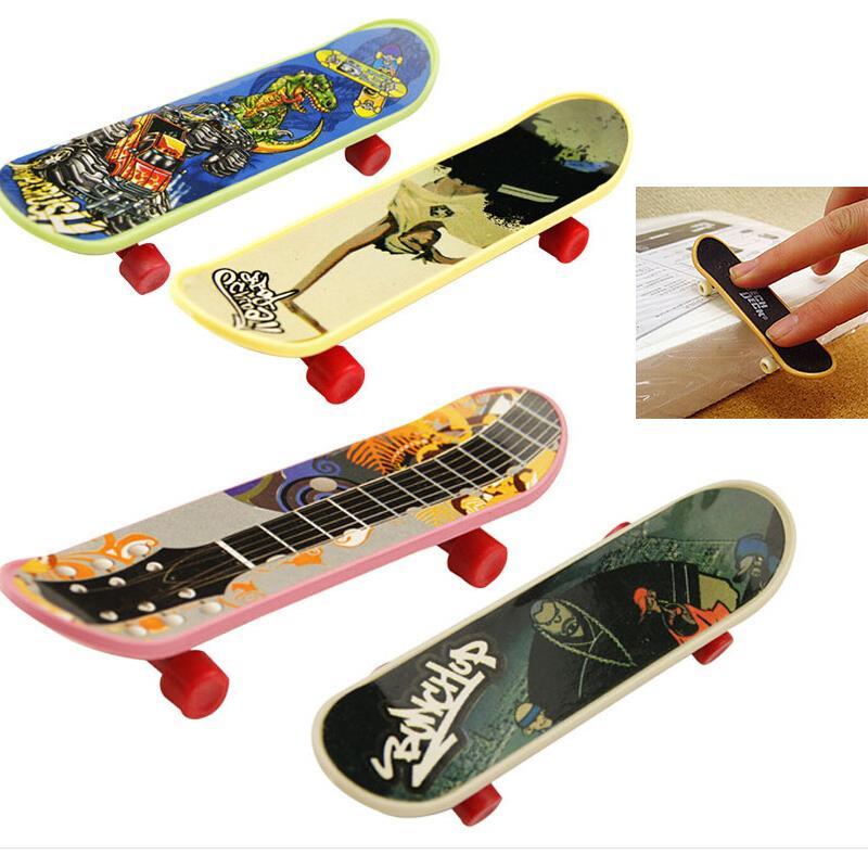 1Pc Party Favor Toy Kids children Mini Finger Board Fingerboard