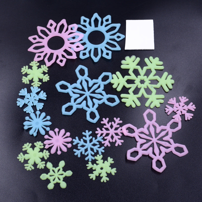12pcs Large Winter Snow Storage Fluorescent Luminous Stickers For