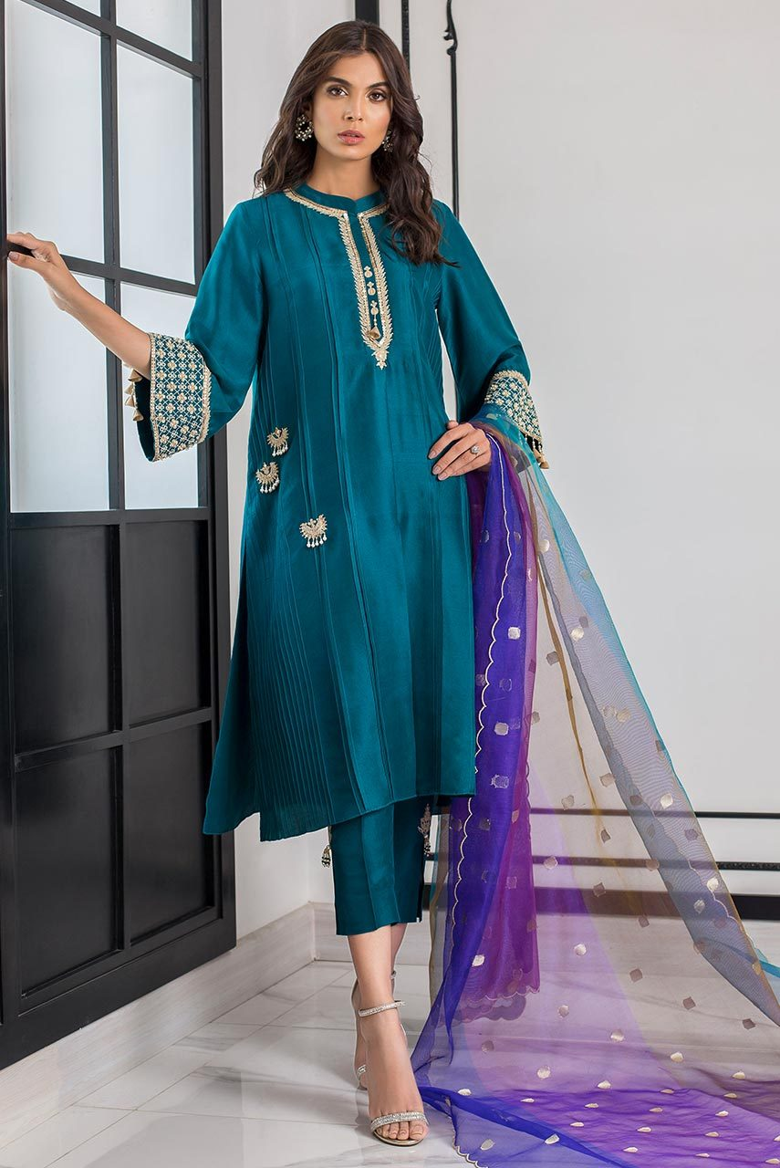 Sania Maskatiya - Green Pleated Hand Silk Embellished Kurta - PD19RG018