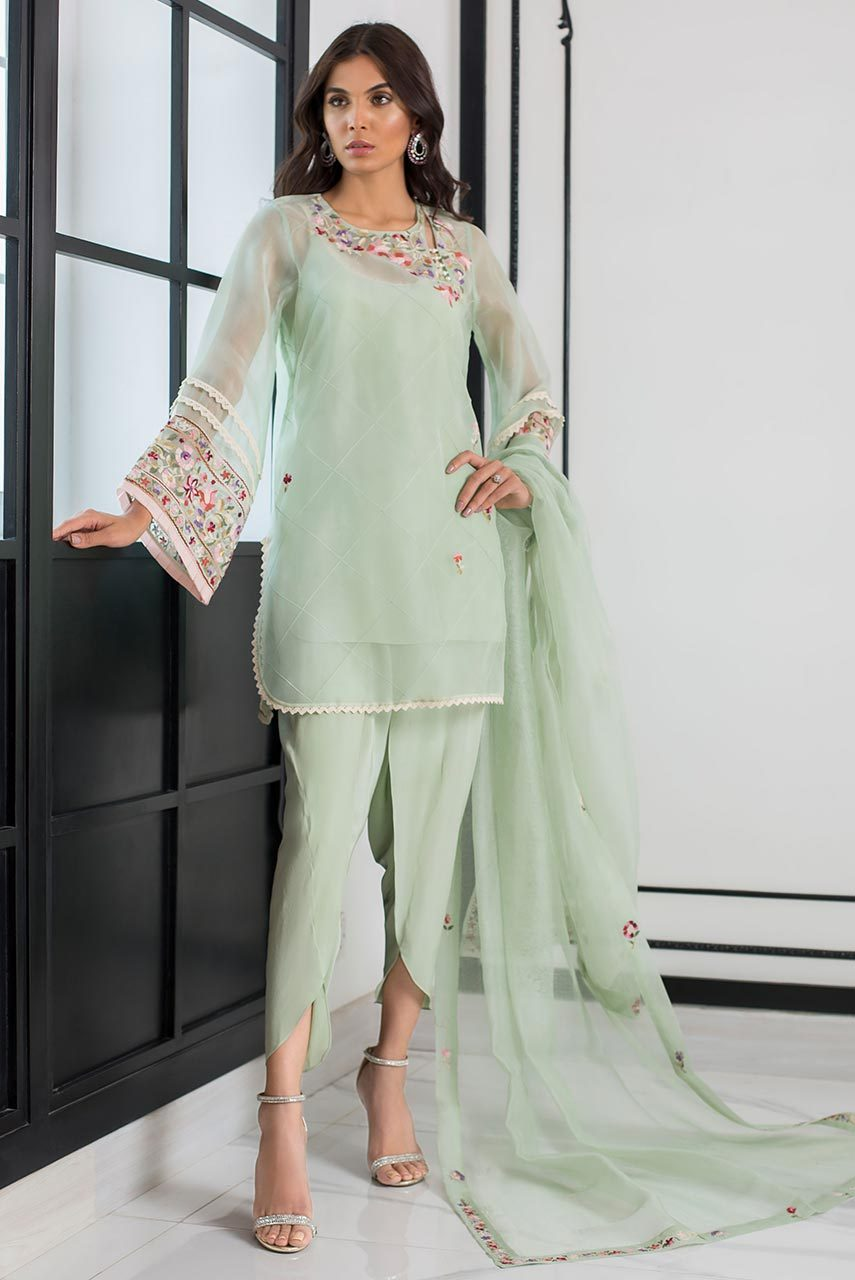 Sania Maskatiya - Green Embroidered Organza Kurta With Dupatta - PD19RG017