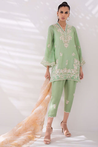 Sania Maskatiya - Green Embroidered Khaadi Silk Kurta - PD20RG070