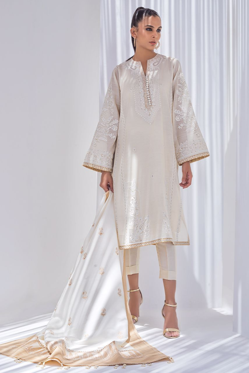Sania Maskatiya - Beige Embroidered Khaadi Silk Kurta With Dupatta - PD20RG112