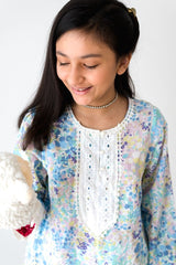 Hummingbirds - Blue & White Iris Lilly Lawn Shirt