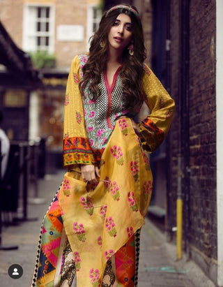 Faiza Samee - Kaftan With Block Print Pants