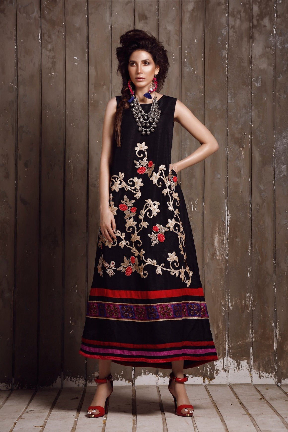 Huma Adnan - Black Raw Silk Kameez/Dress