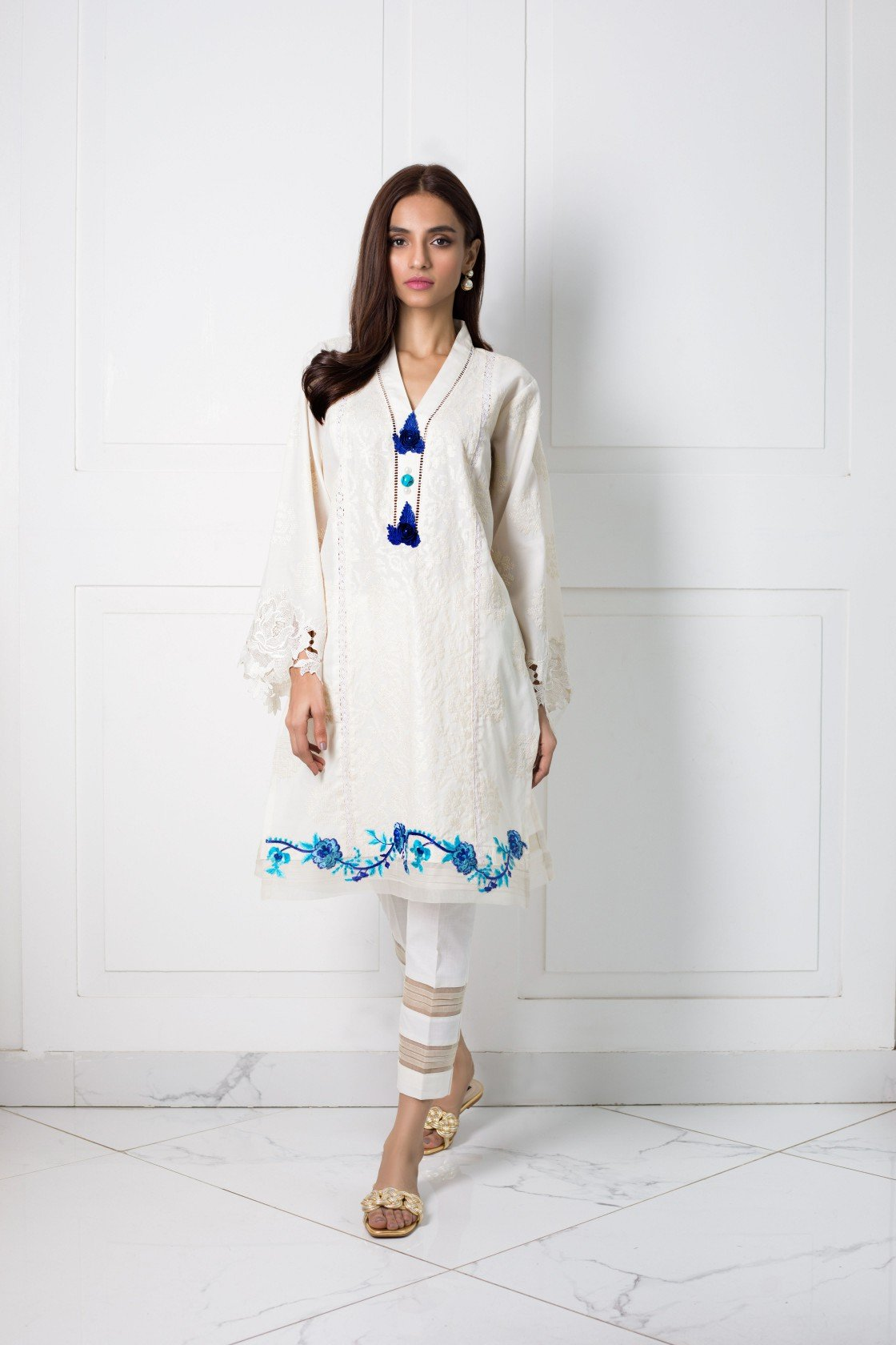 Shehrnaz- - Offwhite Shirt with Ferozi and Blue Detailing