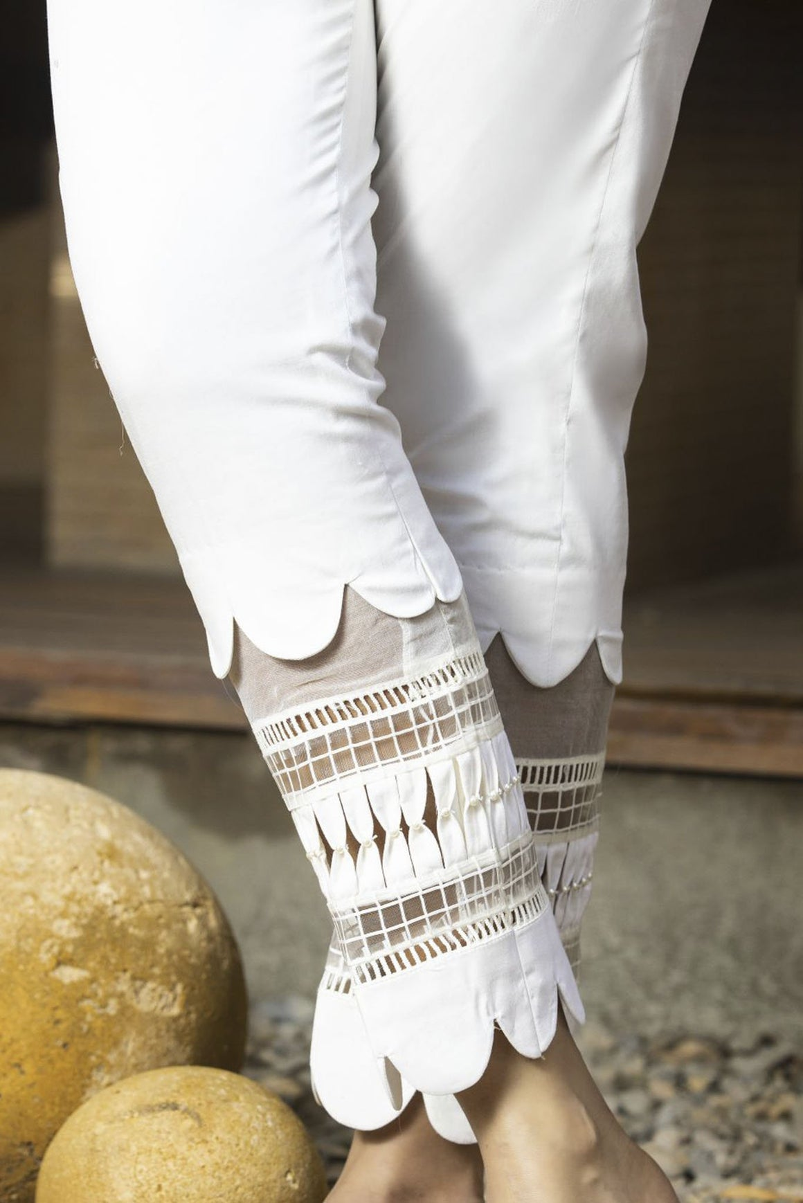 Zunn Fashion - White Pants - PD3
