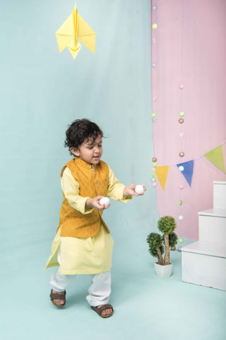 Hummingbirds - Yellow Mellow Kurta