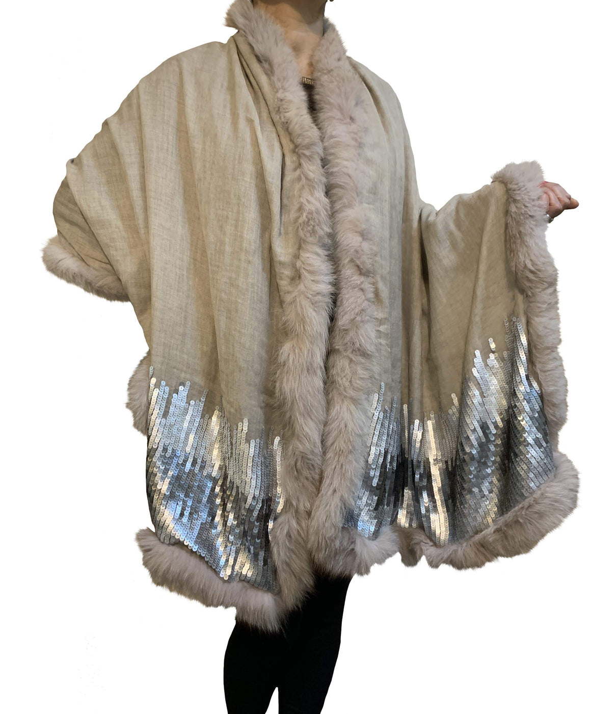 Amishi - Beige & Silver Luxurious Cashmere & Fur Trimmed Scarf