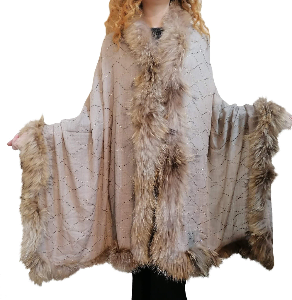 Amishi - Beige Luxurious Cashmere & Fur Trimmed Scarf