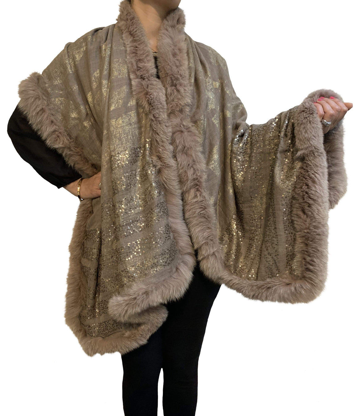 Amishi - Beige & Gold Luxurious Cashmere & Fur Trimmed Scarf