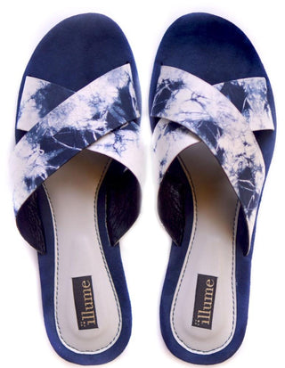 Illume - Blue & White Tie Dye